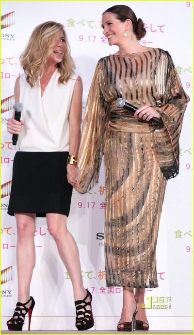 julia-roberts-kimono-05.jpg