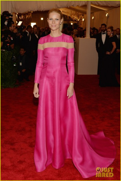 gwyneth-paltrow-met-ball-2013-red-carpet-01.jpg