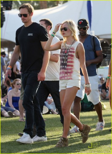 alexander-skarsgard-kate-bosworth-coachella-duo-08.jpg