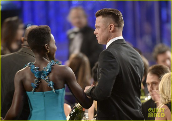 brad-pitt-sag-awards-2014-with-steve-mcqueen-03.jpg